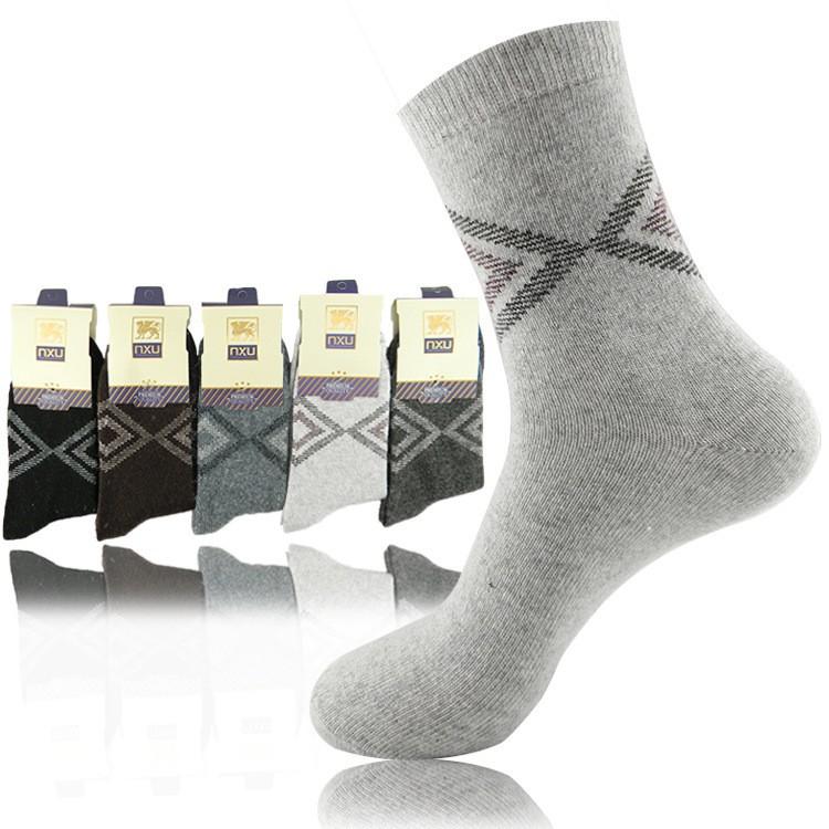 Mens Diamond Pattern Wool Socks